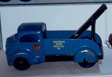 Blue_Tow_Truck.jpg