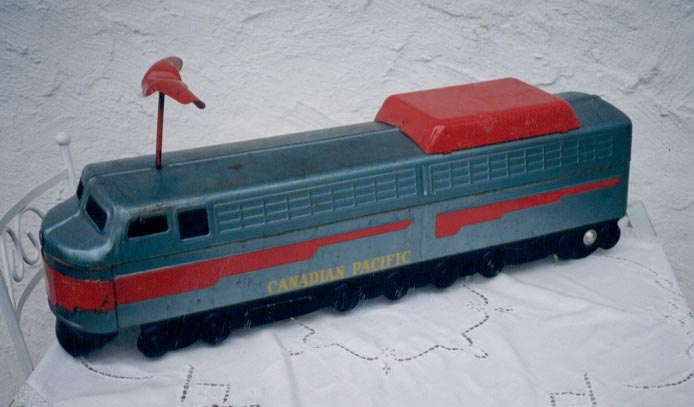 Canadian_Pacific_Train.JPG
